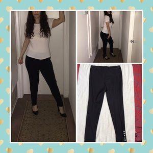 Black comfy skinny pants by K. Jordan. Size XL